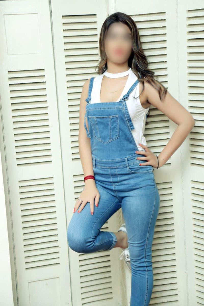 Riya Shetty escort agency
